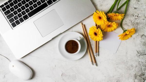【主婦がネットで稼ぐ方法】目的別・在宅でできる副業ワークまとめ