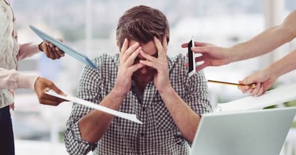 仕事量が多すぎる!今すぐできる5つの対処法とは|外資系の仕事術